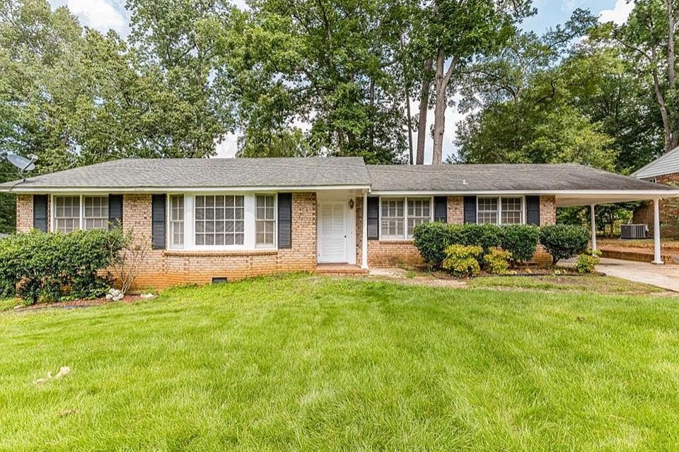 Lovely 1-Bedroom with a pool Room B - Apartments for Rent in Madison, Alabama, United States